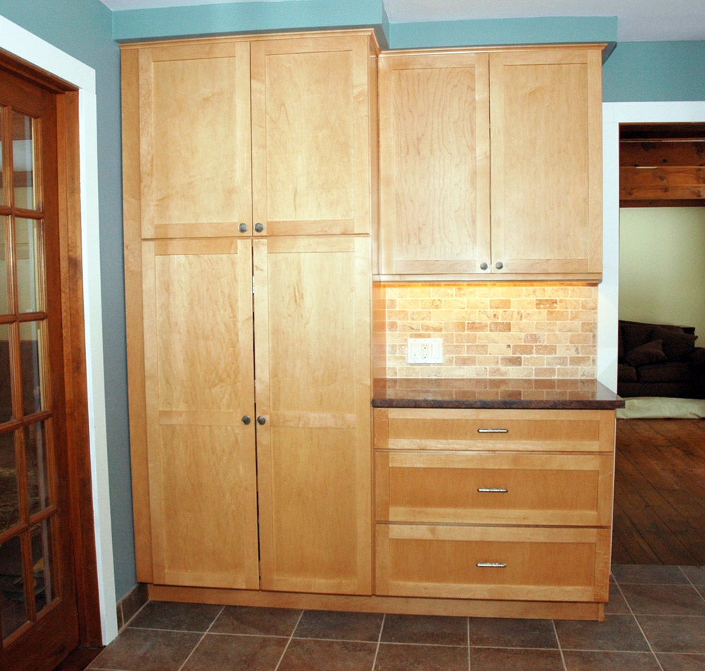 Brenner remodeling kitchen gallery 7 for Kitchen closet cabinets